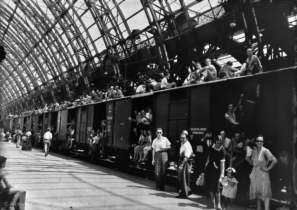 Esodo di Ferragosto, Milano, 1947 © Archivio Publifoto di Intesa Sanpaolo